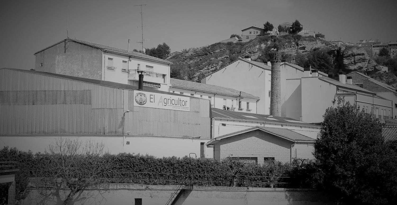 Exterior de la fábrica Conservas el Agricultor